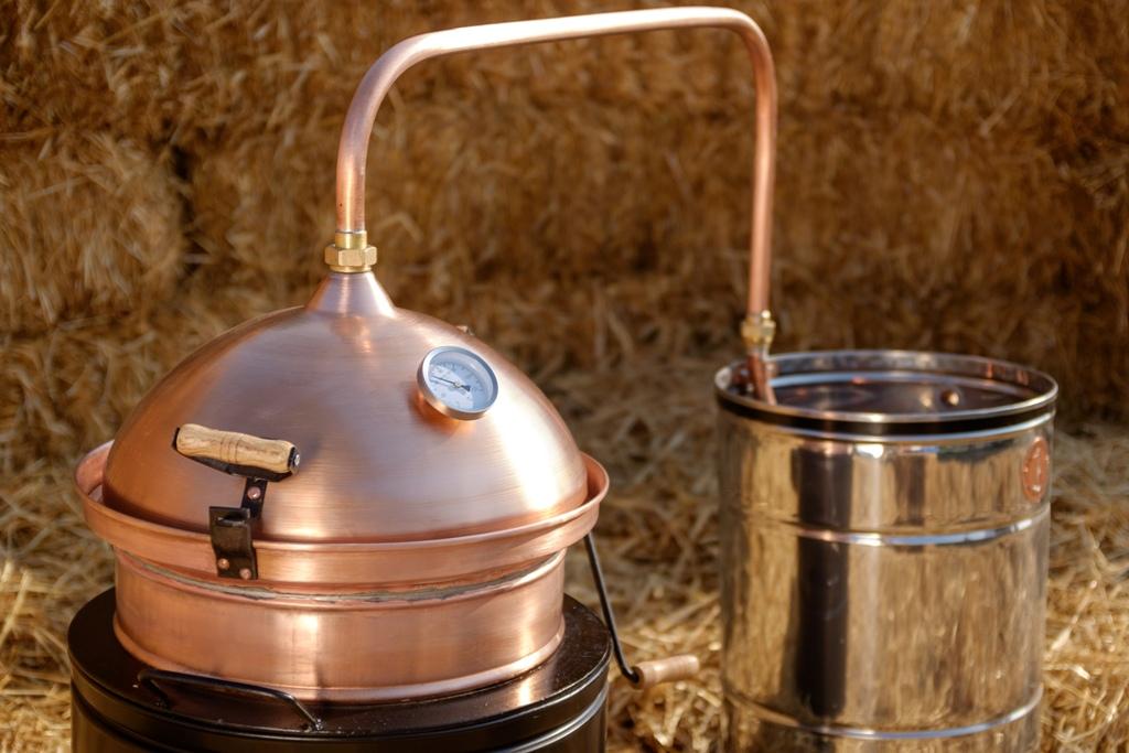 Hobby still for distilling fruit | Distillation Supplies